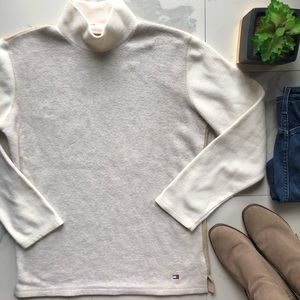 Vintage Tommy Hilfiger Tan Fleece Sweater